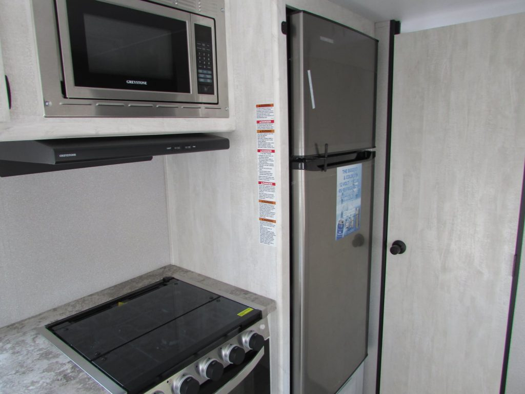 Microwave Oven installation in Your Kitchen